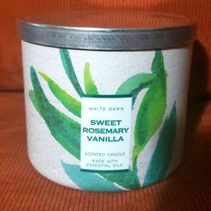 Bath & Bodyworks Sweet Rosemary 3-wick Candle